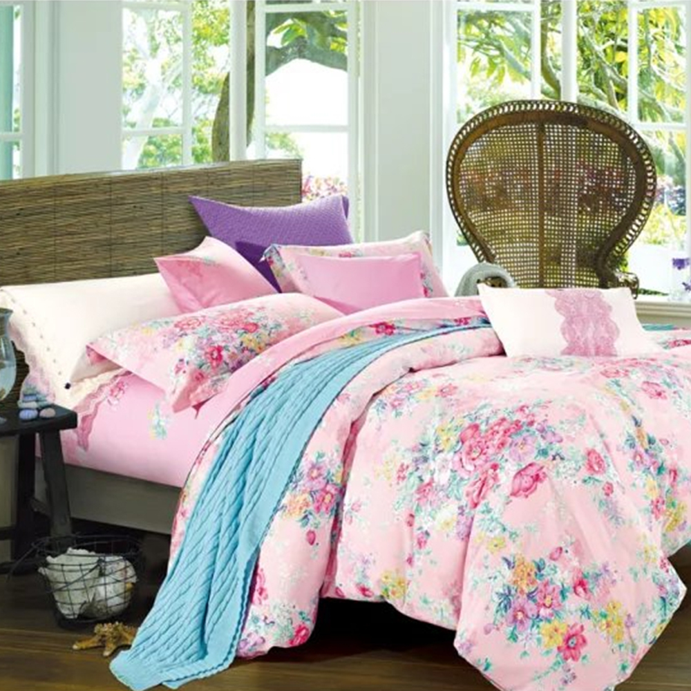Fancy designer bedsheet by Birmi manufacturers